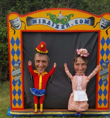 Mr Punch, Punch and Judy, puppet, puppet show, puppetry, Miraiker, Miraiker's World of Puppets, puppet maker, carved puppet, wooden puppet, Punch and Judy booth, puppet booth, live puppet show, Diddies, human marionettes, living marionettes, human puppets